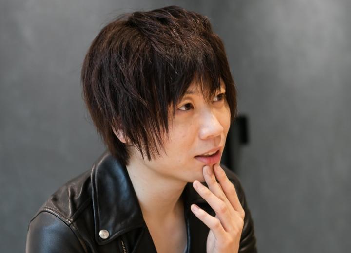 髪の毛が短い前田裕二